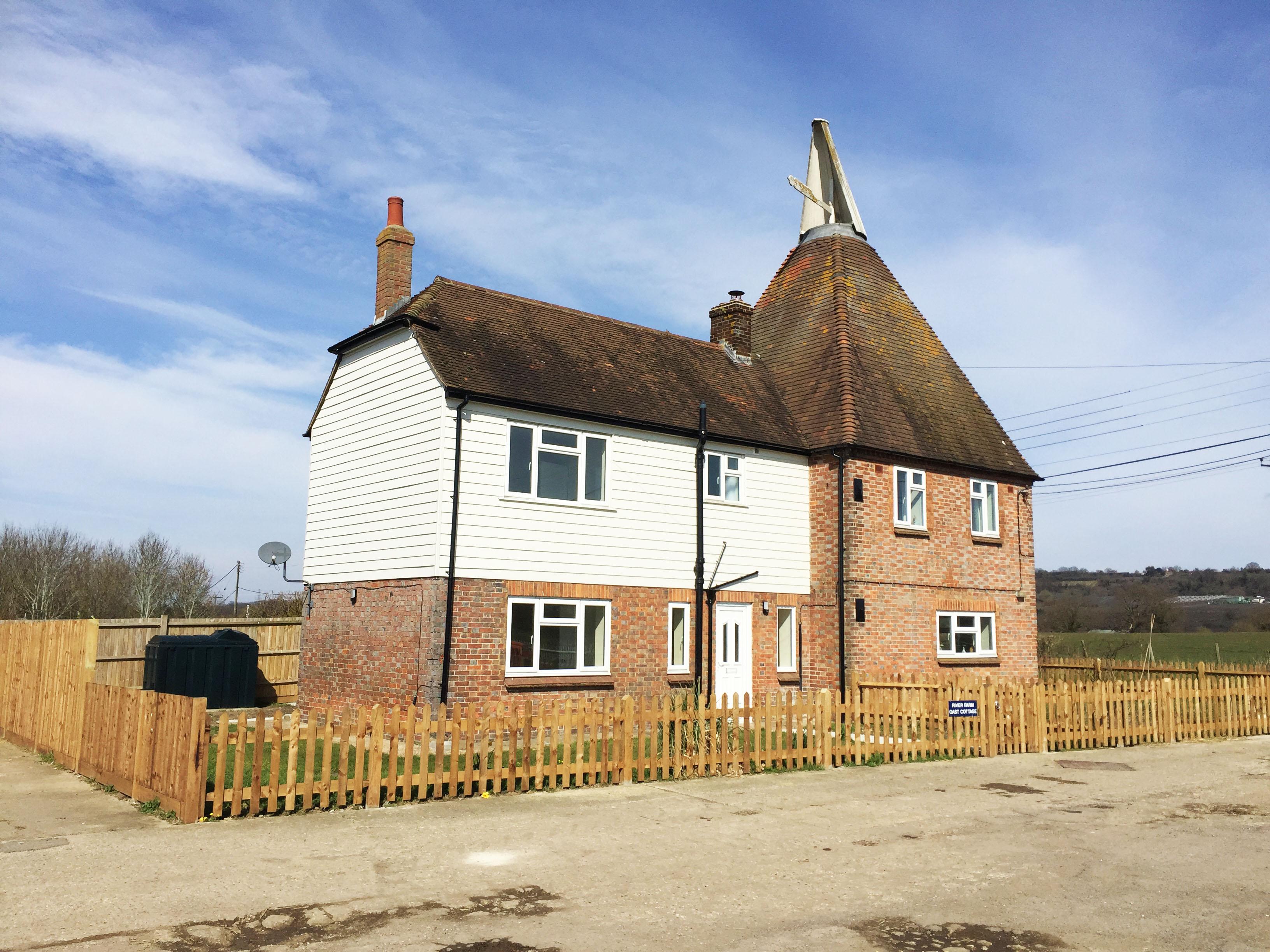 Oast-Cottage-1